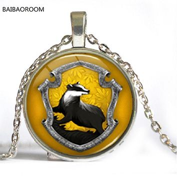 8 Styles Hogwarts Slytherin Crest Harry Pendant Necklace Jewelry Glass Cabochon Gift