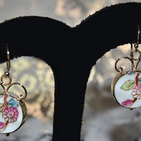 Round Flower China Earrings GOLD