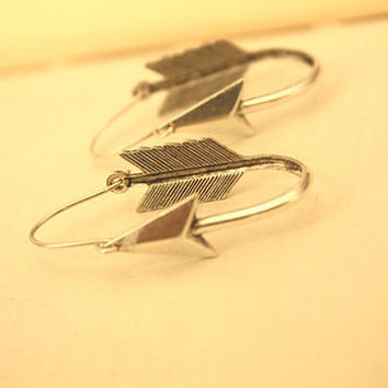 Silver Arrow Hoops Earrings by iadornu on Etsy