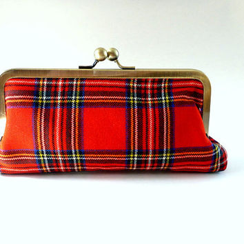 red tartan plaid clutch, purse, wallet, cosmetic bag, pouch, wool, bridal, winter wedding, Christmas wedding, bridesmaid, gift for her