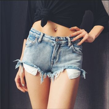 Sexy low waist frayed edges Bottom drain pocket jeans short shorts wild
