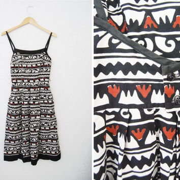 Vintage 50s 60s party day cotton dress pockets batik tribal print