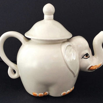 Vintage Elephant Teapot, Made in Japan for the National Silver Company, Ceramic Drinkware