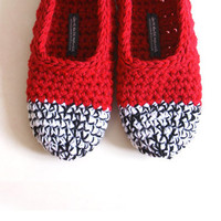 Crochet Slippers In Red, Black and White | Luulla