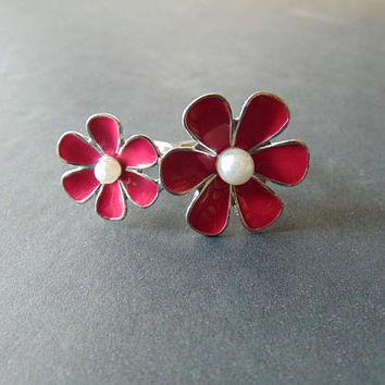Two finger Ring with 2 Fuchsia Pink Flower Size 6 7 Vintage Costume Jewelry