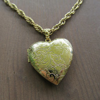 1928 Heart Locket