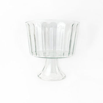 Large Fluted Trifle Bowl / Clear Glass Pedestal / Transparent Centerpiece Container / Round Open Air Plant Terrarium / Display Accent