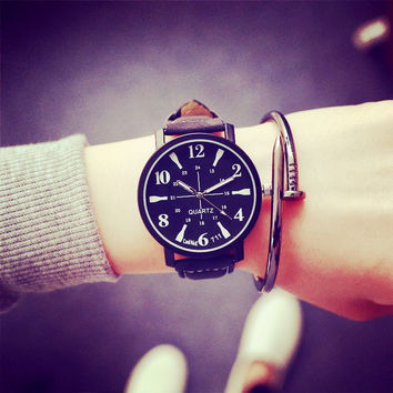 Good Price Designer's Gift New Arrival Trendy Awesome Great Deal Korean Simple Design Vintage Strong Character Casual Stylish Fashion Boy Couple Watch [8863750279]