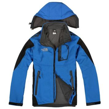 The North Face latest style male soft shell charge suit