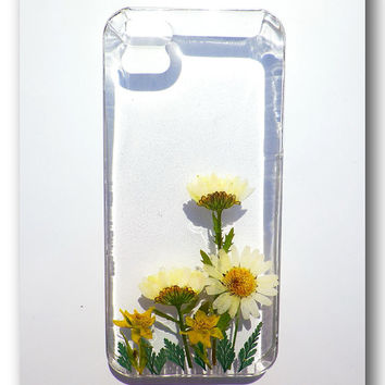 Handmade iPhone 5/5s case, Resin with Dried Flowers, Pressed flower art (59)