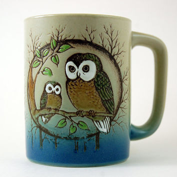 Vintage Coffee Mug - Stoneware Mug - Owl Pair Perched on Tree Branch - D Shape Handle - Textured Relief Wraps Around Mug