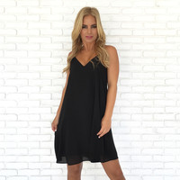 Summer Binge Shift Dress In Black