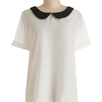 Scholastic Mid-length Short Sleeves Guest Appearance Top in White