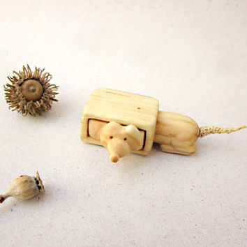 Miniature drawer with a playful mouse, wood carving, wood box, Wood sculpture, reclaimed wood, ECO
