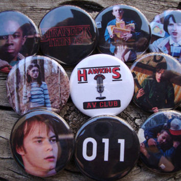 Stranger Things Pins or Magnets Vol 1