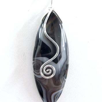 Black and White Swirly Spotted Agate Wire Wrapped with Silver Spiral Pendant Necklace Winter Trends Bohemian Jewelry Boho FREE SHIPPING