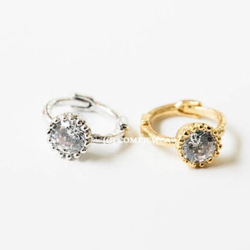 Mini ring cz  tragus earring,Upper Ear Piercing,Single ,tragus piercing,cartilage piercing,helix earring,tragus jewelry,bridal ,GJA019