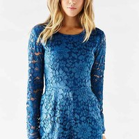 Kimchi Blue Long-Sleeve Lace Romper