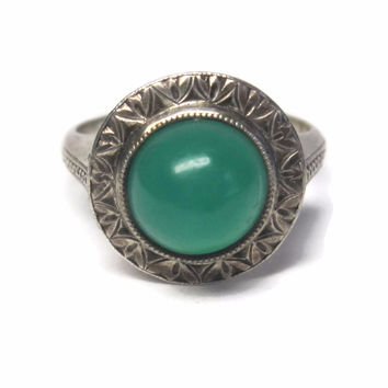 Antique Green Onyx Ring Size 5.5 Etched Japanese Sterling Cabochon