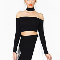Black Slash Collar Long Sleeve Crop Top