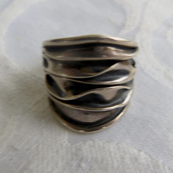 Vintage Modernist Sterling Ring, Dimensional Ring, Mid Century Jewelry, Size 5 Ring