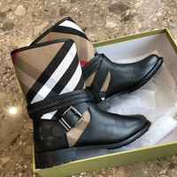 Kuyou Gx39930 Burberry House Check And Leather   Boots