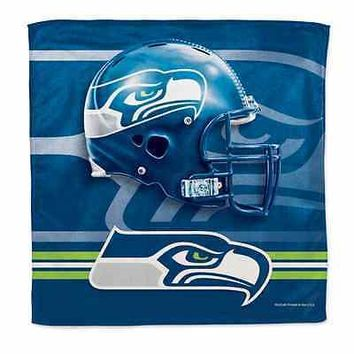 SEATTLE SEAHAWKS 16'' x 16'' MICROFIBER RALLY TOWEL BRAND NEW WINCRAFT