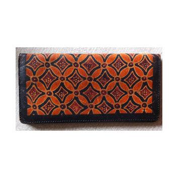 Retro Printed Leather Long Billfold with Zippered Inside Pocket