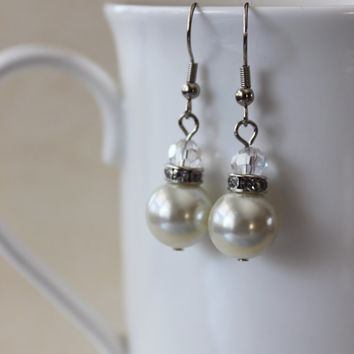 Pearl Earrings, Bridal Earrings, Dainty Earrings, Pearl and Crystal Earrings