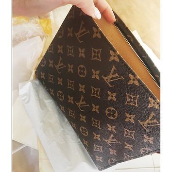 LV Classic Women Makeup Bags Handbag Men Business Bag Louis Vuitton Classic Clutch Bag