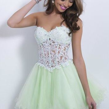 2015 Lime Green Organza Cocktail Dresses Sweetheart Strapless Sleeveless Appliques Custom Made Mini A Line Homecoming Dress 9869
