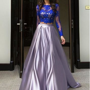 [108.99] Chic Tulle & Satin Jewel Neckline A-Line Two-piece Prom Dress With Lace Appliques - dressilyme.com