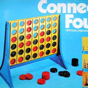 Vintage Connect Four Vertical Checkers Board Game 1974