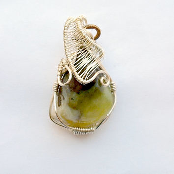 Prehnite Necklace Wire Wrap Pendant Handmade Jewelry Elven Jewelry Wire Wrapped Pendant Birthstone Necklace Libra Birthstone Healing Jeelry