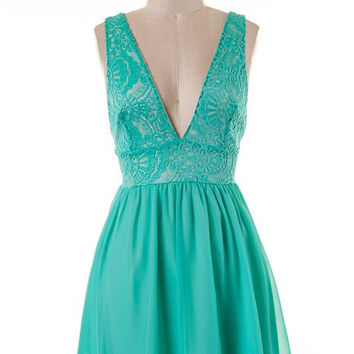 Emerald V-Neck Dress