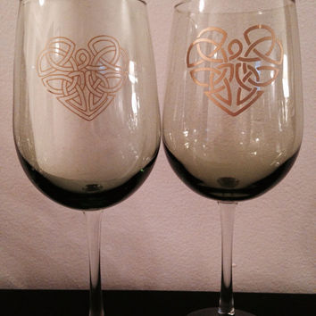 Celtic Heart wine glass set. You complete me heart glasses