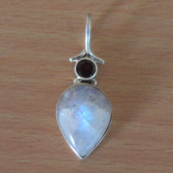 Moonstone & Red Garnet Pendant,100% 925 Sterling Silver Pendant,Rainbow Stone Garnet Pendant,Gifts Birthstone Gift Necklace/Pendants NEW