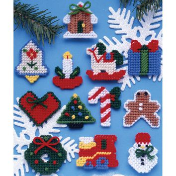 "Country Christmas (7 Count) Design Works Plastic Canvas Ornament Kit 2"" Set of 12"