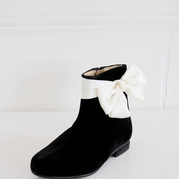 DOLLY by Le Petit Tom ® BOW BOOTS VELVET black
