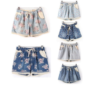 Casual Denim Shorts  With Elastic High Waist Floral Star Printed Pants