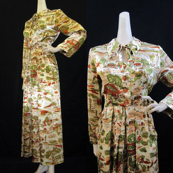 40s Robe Vintage Novelty Print Rayon Liquid Satin Hollywood Hostess Gown