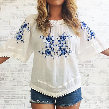 Vintage 1970's Mexican EMBROIDERED White Gauze Tunic || Boho Hippie Festival Blouse || Size Medium