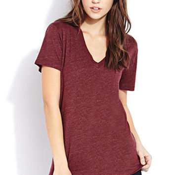 Must-Have V-Neck Tee