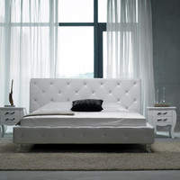 Modrest Monte Carlo Modern White Leatherette Full Bed with Crystals