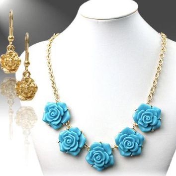 Turquoise Color Gold-Plated Flower Necklace & Earrings Set
