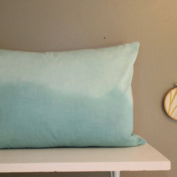 mint horizon // dip dye pillow cover // large lumbar 14 x 20 // mint green pillow