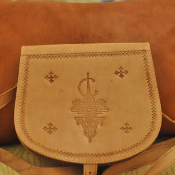 Handmade Leather padfolio, Moroccan Womens bag, Artisanal bags, Moroccan bags, Fresh for her