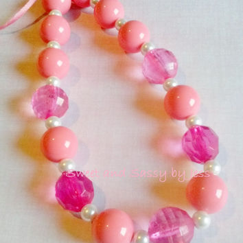 Peachy Pink Chunky necklace, bubble gum necklace, toddler boutique necklace, baby chunky necklace, ribbon chunky necklace, popular chunky