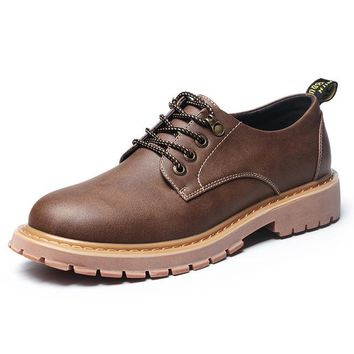 Merkmak New Fashion Italian Men Shoes Luxury Classic Men Leather Shoes Men Oxfords Designer Waterproof Martin Outdoor Footwear
