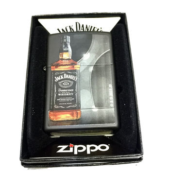 Zippo Custom Lighter - Jack Daniel's Whiskey Bottle - Regular Black Matte 218CI401427